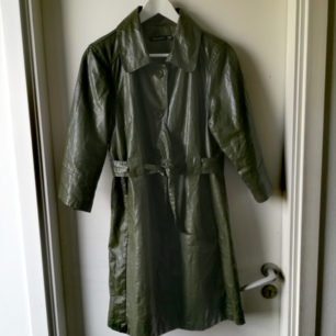 Cool green coat for autumn (imitation of leather) !! Size 12.