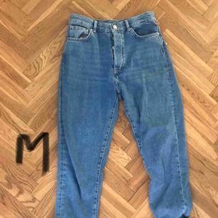 Jeans från bikbok, höga 80kr + frakt
