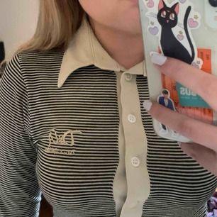 superfin randig vintage d&g långärmad tröja. köpt på humana men har aldrig kommit till användning för mig. pm för mer info!!