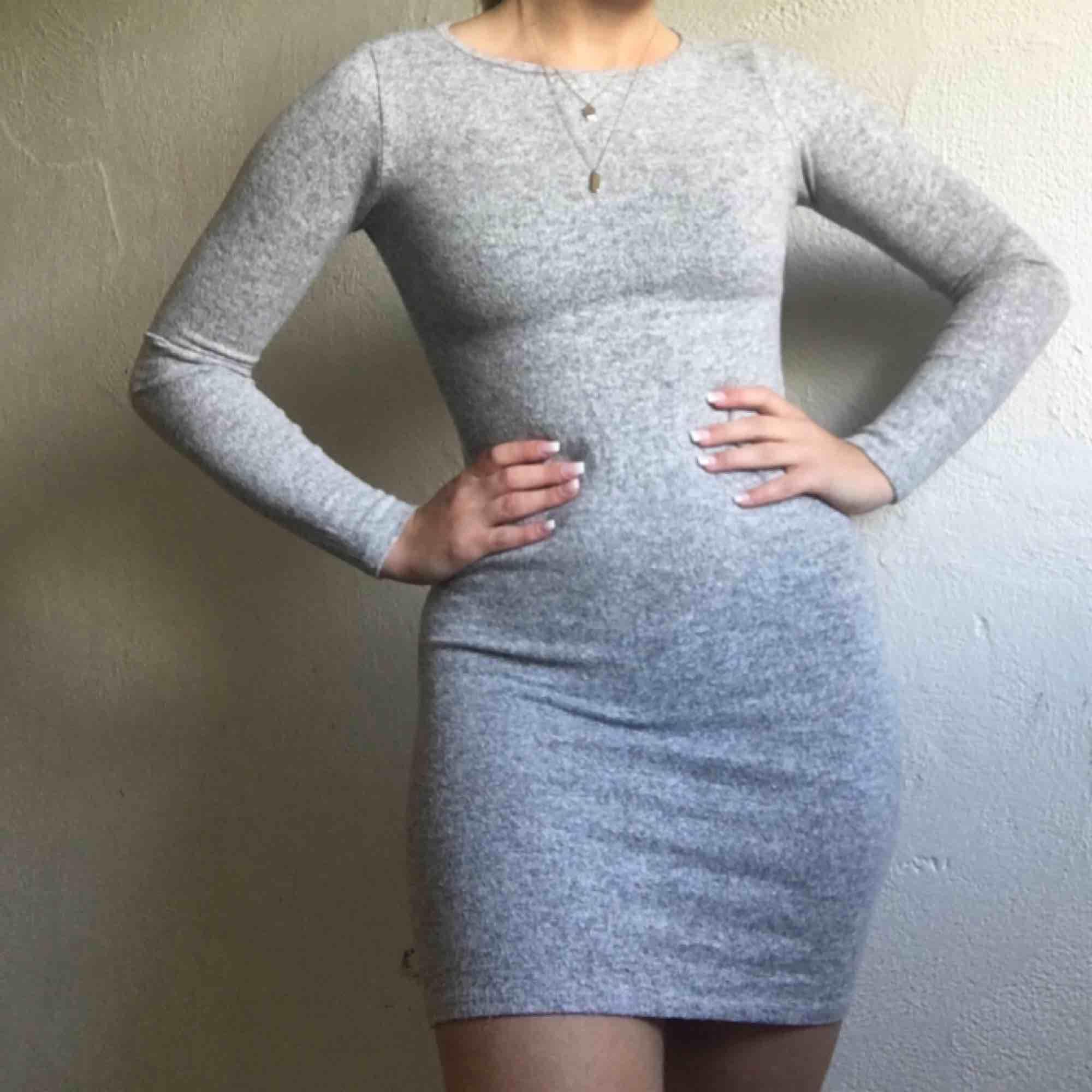 Jättesöt klänning från Chiquelle. 140kr + frakt. Klänningar.