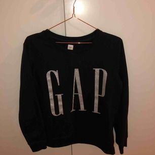 Gap hoodie storlek M