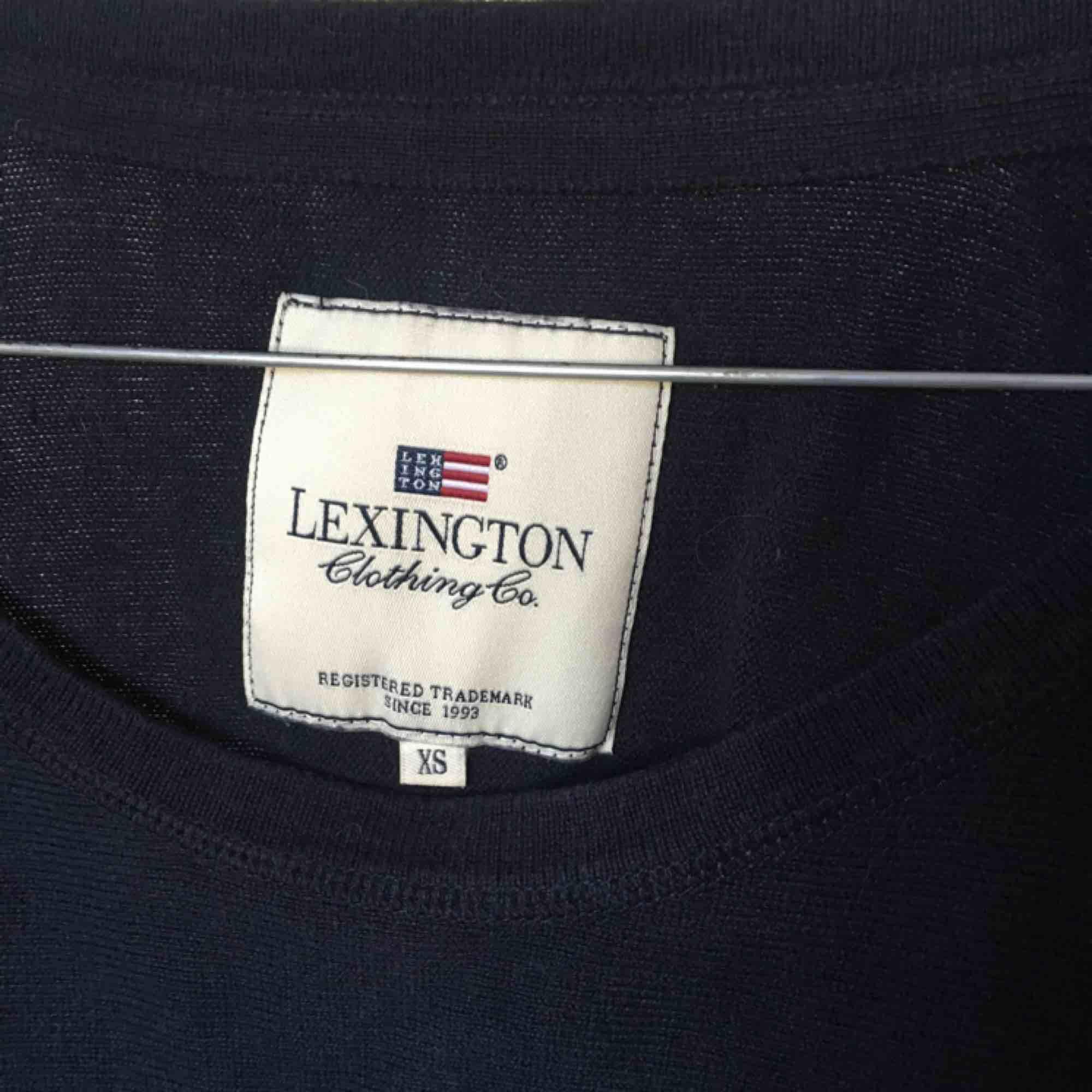 Lexington stickad lång tröja. Stickat.