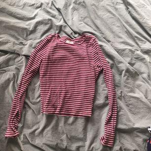 Snygg tröja från hollister, mjuk och skön i materialet.