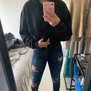 Super snygga jeans ifrån American egale, köpta i newyork! Passar dig med storlek XS/s måste tyvärr sälja pga för små😕