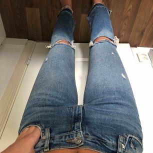 Snygga jeans från Zara i strl 36,