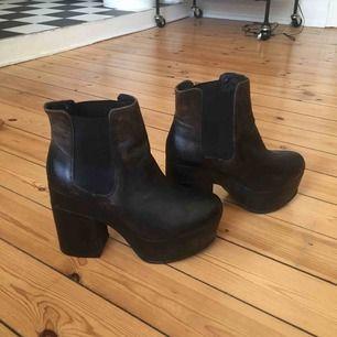 Superballa skor från H&M som användes under Ida Sjöstedts show AW17💥