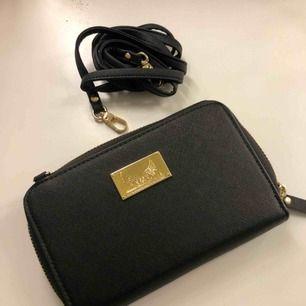 Plånboks väska med avtagbara band