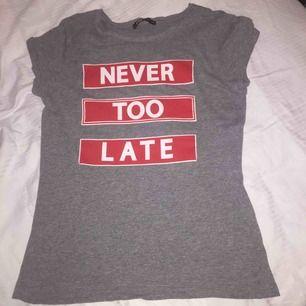 Köp Dena fina tröja har använt den typ 2 gånger.😁
