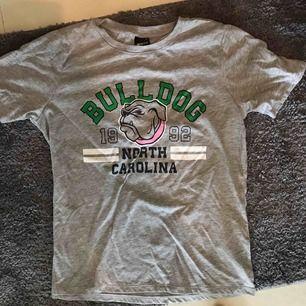 T-shirt från Gina tricot i strl S.