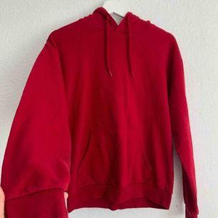 Skön hoodie från Cubus i nyskick, frakt är inkluderad! 🤩