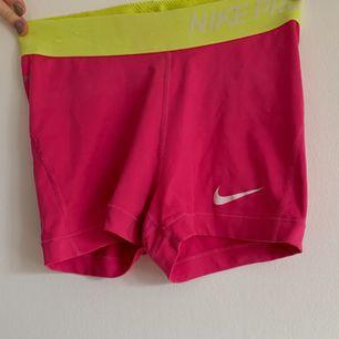 Nike träningsshorts. Frakt tillkommer💕
