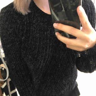 fin tröja från bikbok, varm o skön , nypris 249