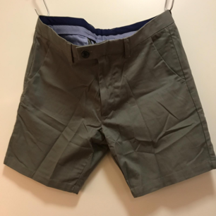 Chinos shorts aldrig använda