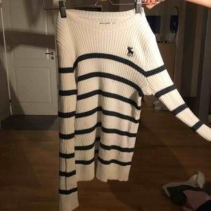 Ribbad tröja