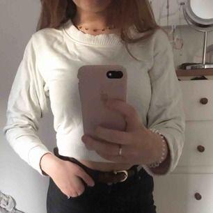 Snygg tröja från Weekday