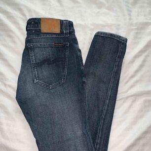 Nudie jeans, säljes billigt då dragkedjan är trasig men kan lätt bytas ut hos skräddare