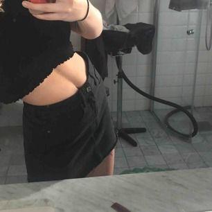 Kjol från Zara, tyvärr för liten för mig! 50kr & frakt tillkommer
