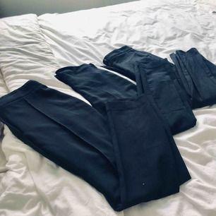KOLLA MIN SIDA UTFÖRSÄLJNING!!  100kr per byxa Figursydda kostymbyxor! Är beroende av kostymbyxor så har massvis.. dessa tre kommer inte till användning därav säljer jag dom. Alla är figursydda i passformen och alla tre byxor är skönt material!
