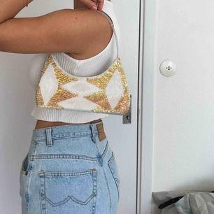 A beaded dream mini bag ✨ Frakt 35kr