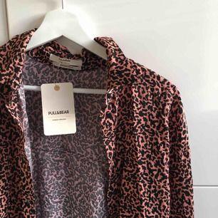 mönstrad skjorta, oanvänd