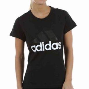Hejsan Har två stycken t-shirts från adidas som jag endast användt en gång De är i storlek s och kostade 250kr var De är äkta men inte något jag kommer använda