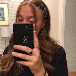 Superfina hårspännen, 6 st, aldrig använda. Frakten ingår i priset✨💃🏽
