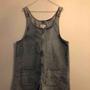 Oversize jeansklänning