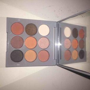 Ny Bang Beauty Warm Neutral Palette ögonskugga Oanvänd Frakt tillkommer & kostar 18kr 🦋