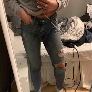 Säljer mina Girlfriend jeans ifrån Cubus pga ingen användning.