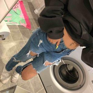 🎀 Säljer jeans från PARISIAN🎀  Kommer aldrig till användning hela å fina  Ni står för frakt ❣️