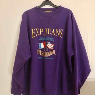 Svin cool vintage tröja med broderad logga 👌🏻✨ 400kr plus 63kr frakt