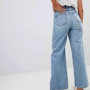 Weekday jeans  Modell: Ace  Bra skick! Frakt tillkommer, kan även mötas upp i Stockholm