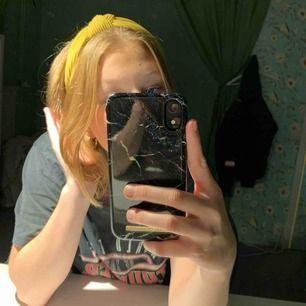 Ett sjukt fint hårband från Gina, frakt 9 kr💕✨🦋