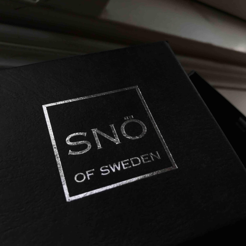 Super fina örhängen från Snö Of Sweden! Nypris 399kr. Perfekt för fest, bal eller student! ✨ (medföljer inget lås till dem, därav det låga priset) 💕. Accessoarer.