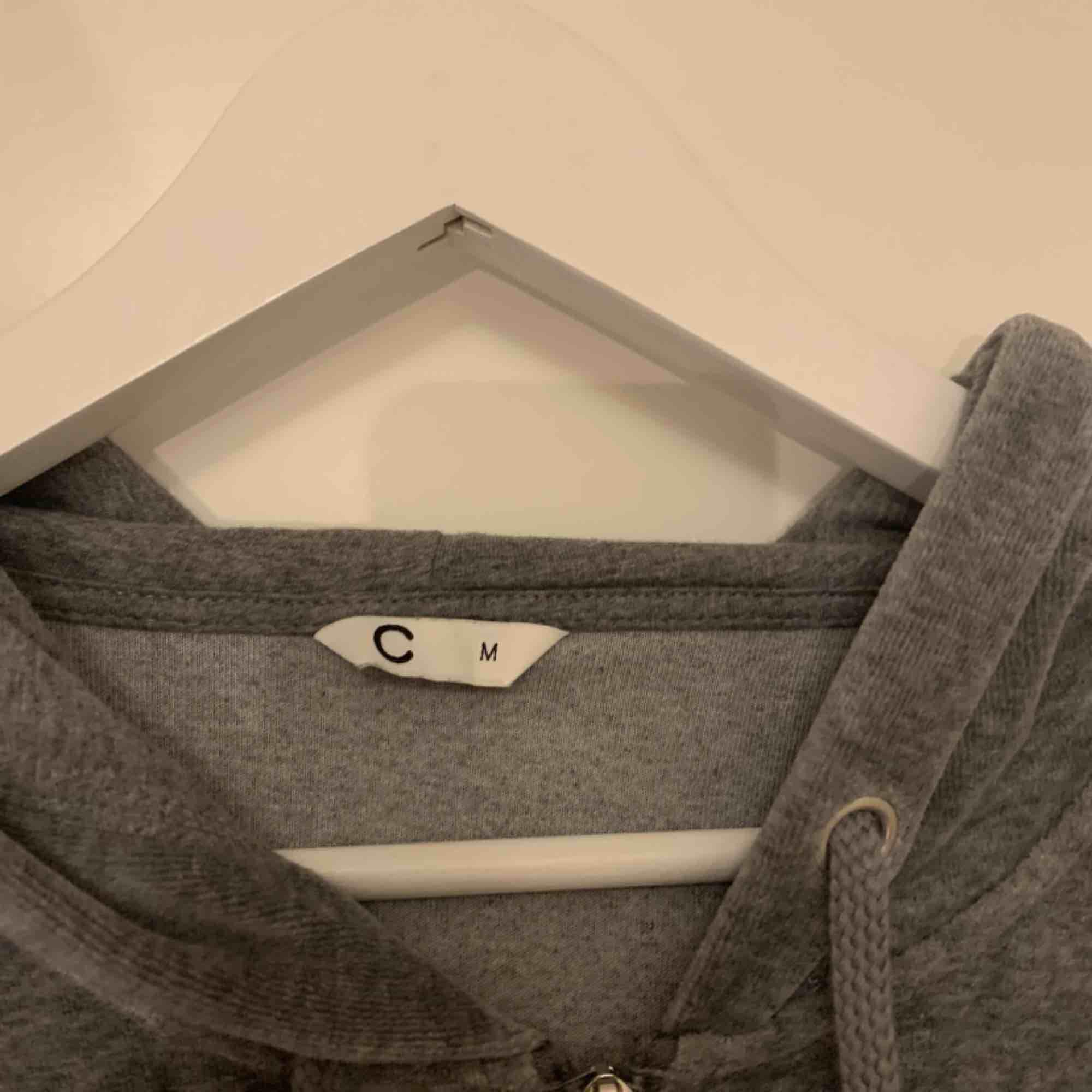 Cubus tjock tröja M  Aldrig använd  150 ink. Tröjor & Koftor.