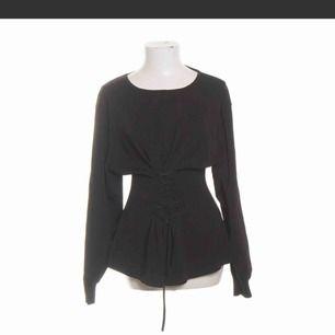 Superfin tröja från zara aldrig använd, köparen står för frakten
