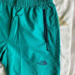 The North Face windwall byxor, size S