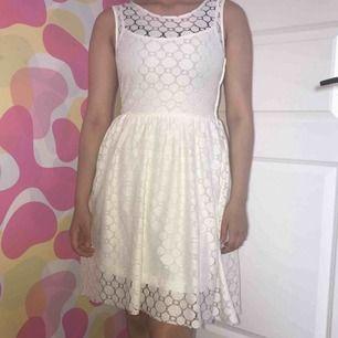 Jätte fin student bal fest sommar kläning används engång säljer pågrund av att jag råkat dubbel beställa kram