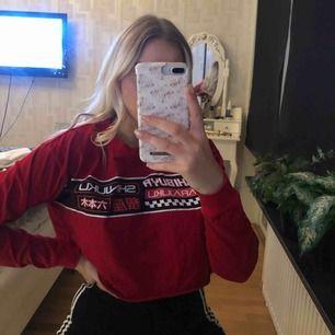 croppad långärmad tröja ifrån Forever 21 ❣️ köparen står för frakten