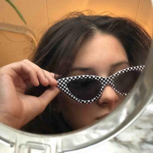 Coola solglasögon från carlings/STUHF , aldrig använda & i superbra skick. Frakt tillkommer 🕶
