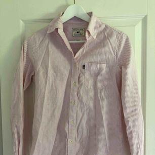 Jätte fin skjorta ifrån Lexington! Sparsamt använd