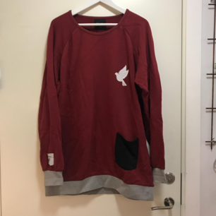 Galagowear sweater