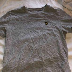 T-shirt från Lyle & Scott, använd en gång