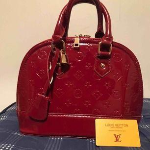 Jätte fin Louis Vuitton väska äkta skinn