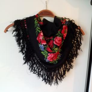 Jättefin vintage-scarf med många användningsområden