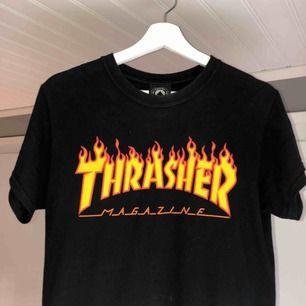 En thrasher tshirt i storlek S, knappt använd