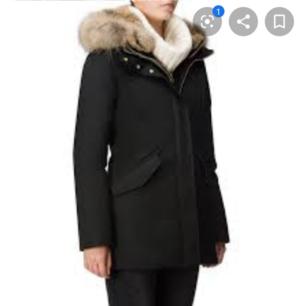 Säljer tre olika jackor hör av er för mer info