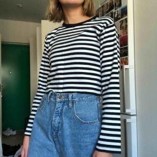 Randig tröja köpt second hand