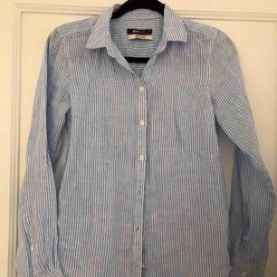 100% linneskjorta, aldrig använd!