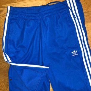 Pop up pants från adidas